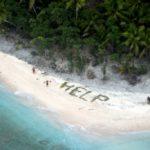 Rescatan a 3 Náufragos Gracias a Mensaje Hecho con Palmeras